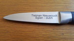 engrave knife